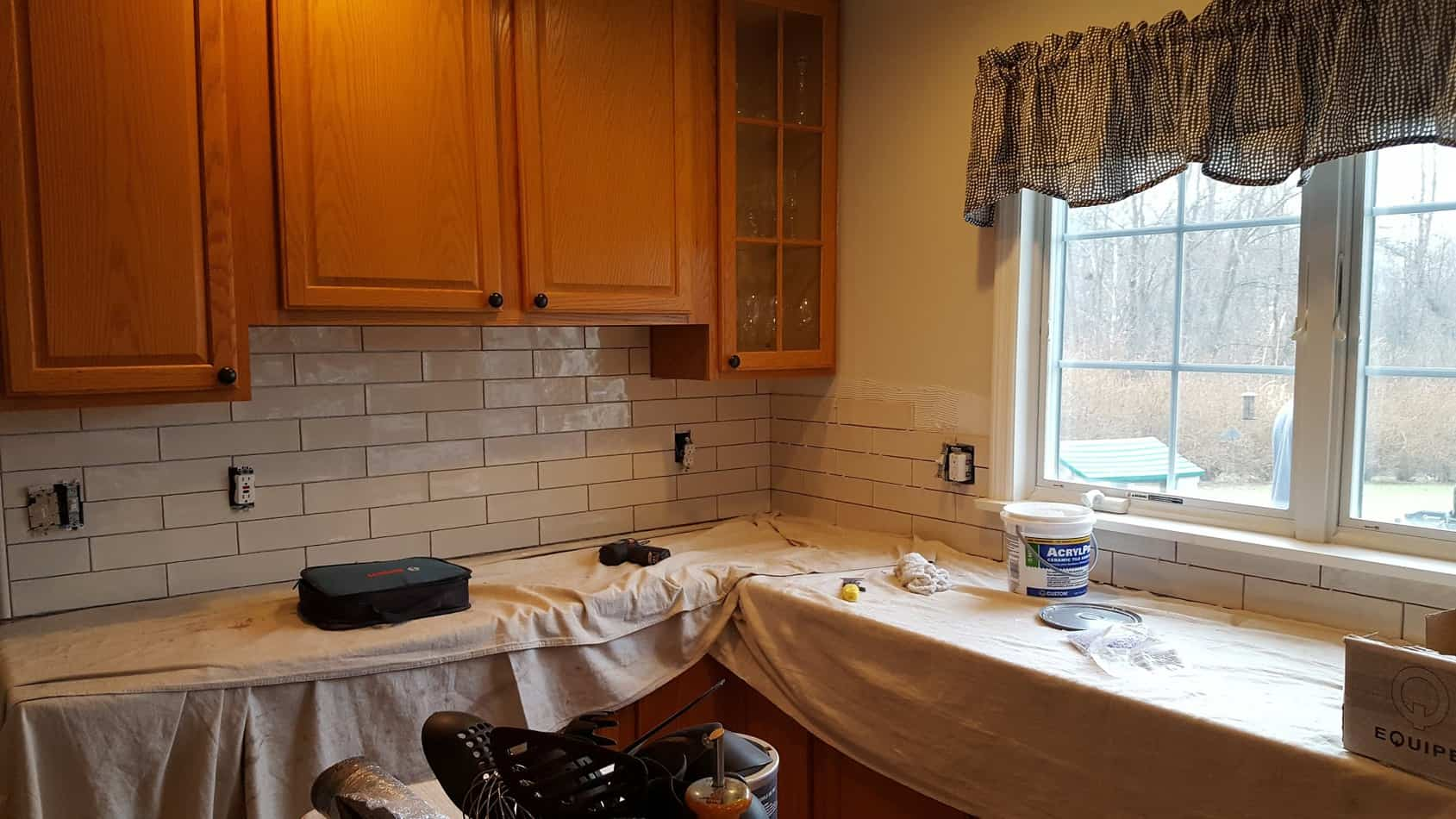 Update Kitchen w/ Oak Cabinets w/out painting, subway tile