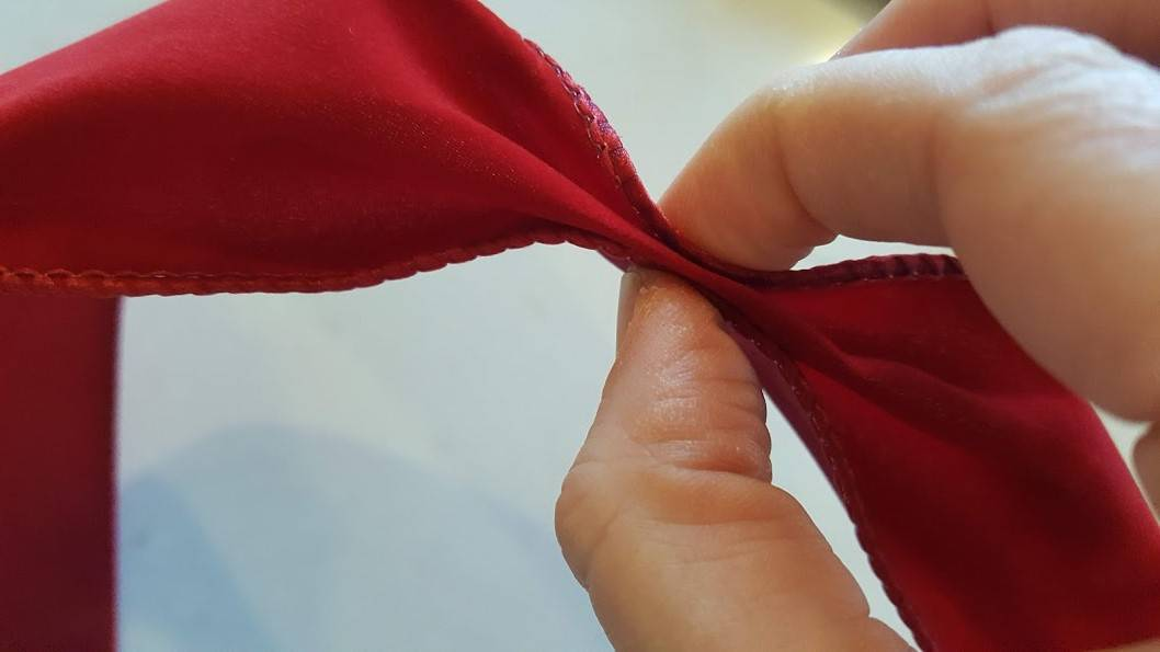 How to Make a Bow- The Tail
