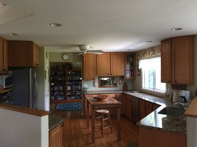 Kitchen Update w/out painting oak cabinets