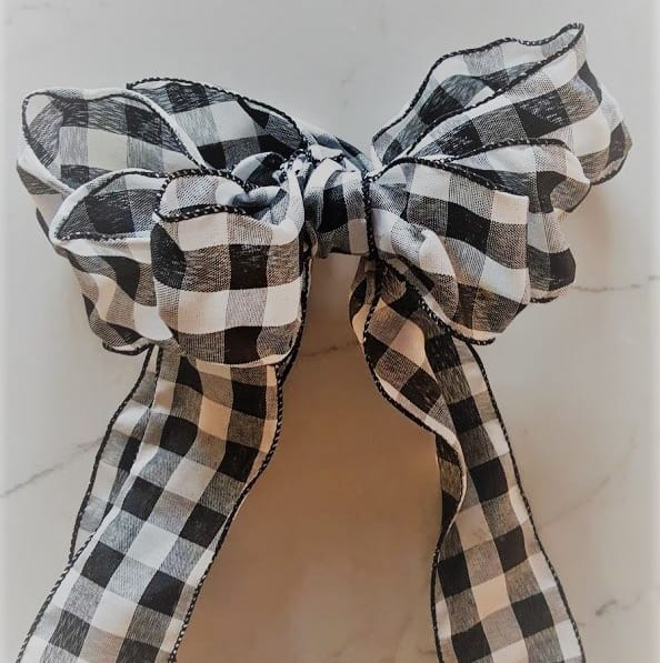 Buffalo Check Farmhouse Style Bow DIY