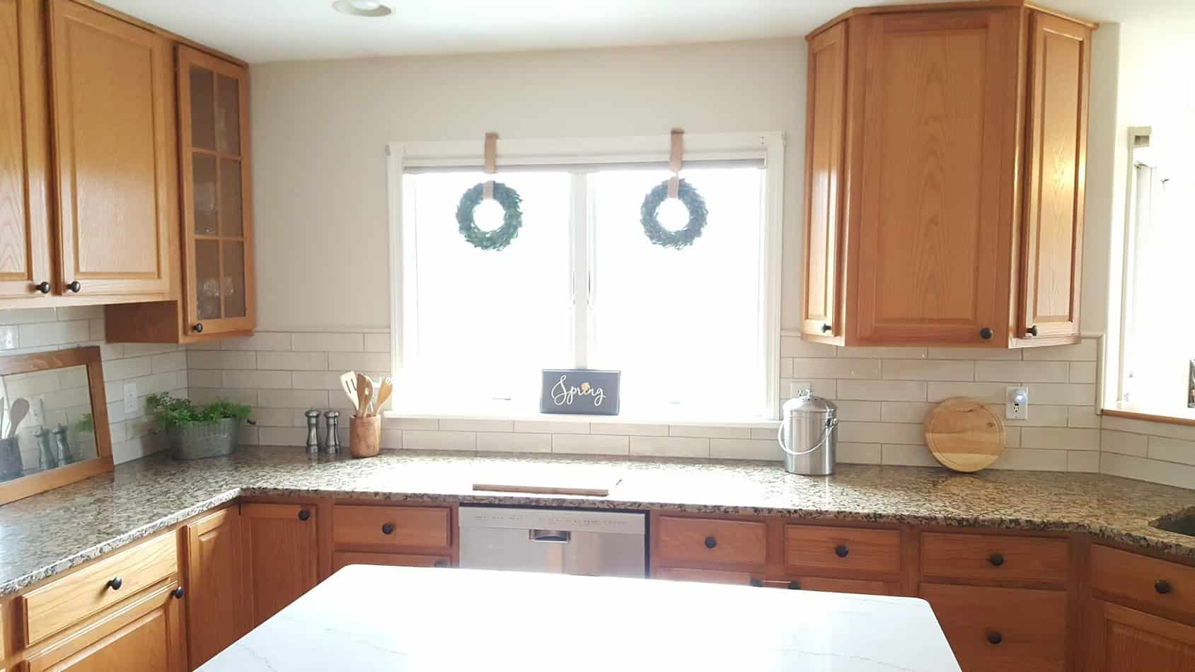update kitchen with oak cabinets without painting them - after