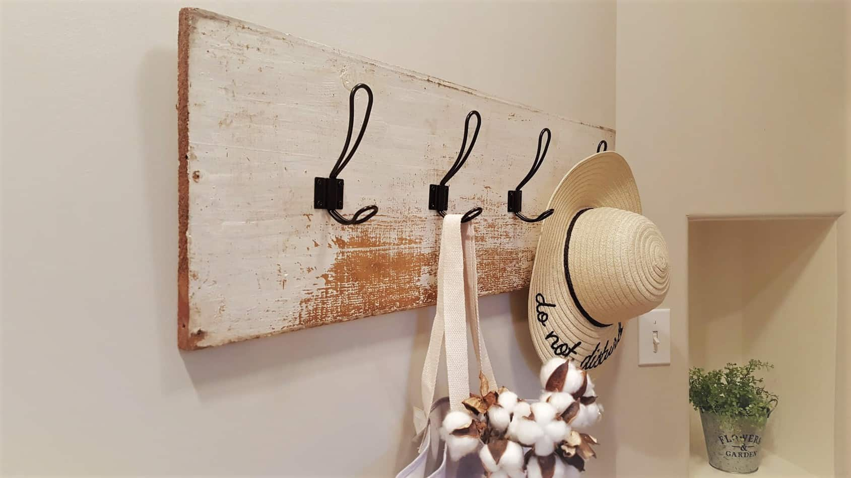 farmhouse coat rack diy