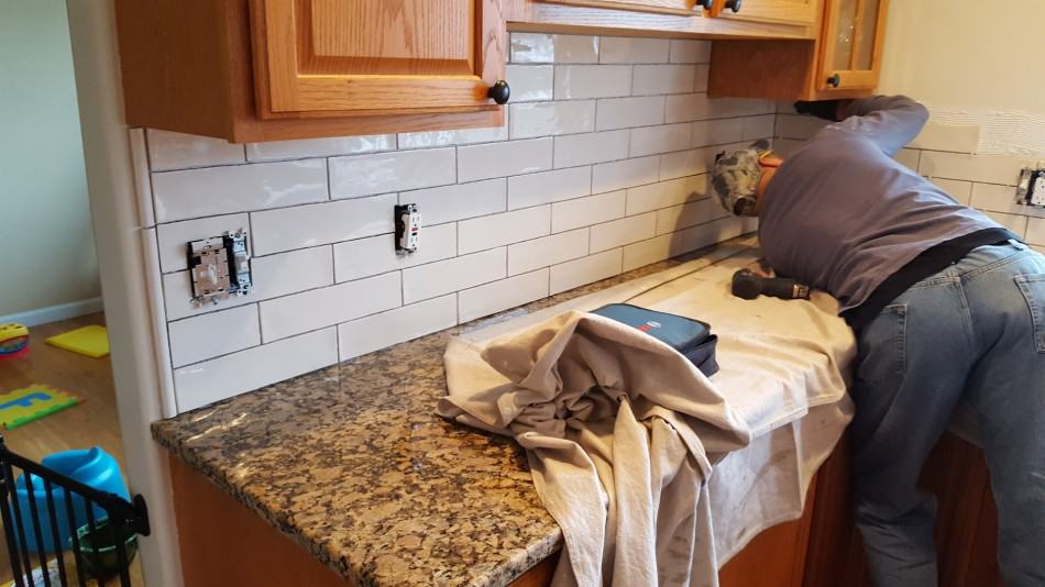 How To Pick The Best Backsplash For Your Kitchen